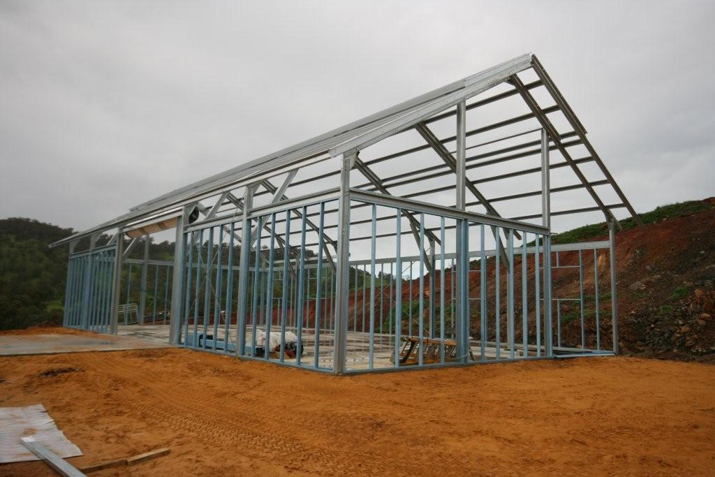 Steel Frame House Construction : How to choose the right steel building frame metal